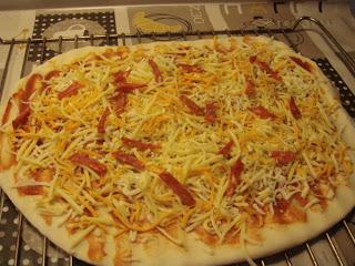 DIVENDRES DIA DE PIZZA A CASA NOSTRA